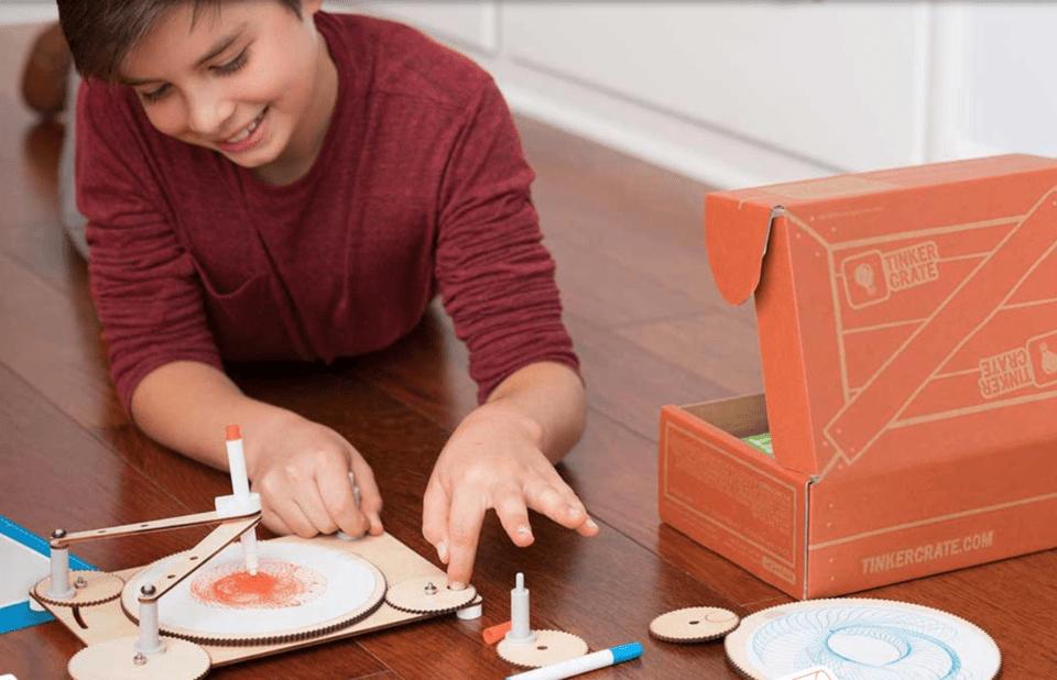 KiwiCo Tinker crate for kids